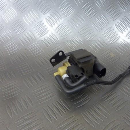 Vacuum valve 059906629F...