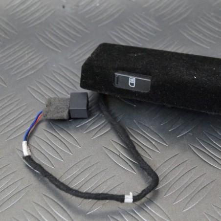SIM card reader 3D0035950B...