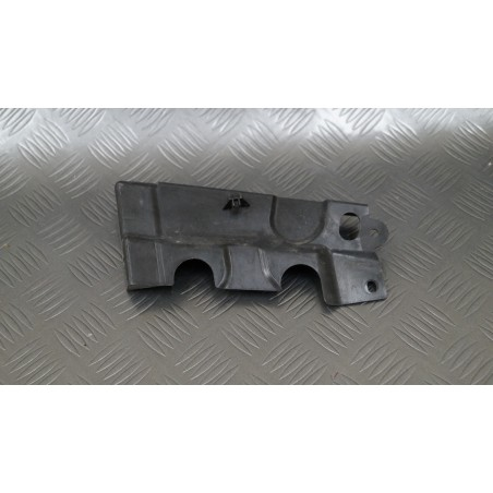 Right mask hinge cover...