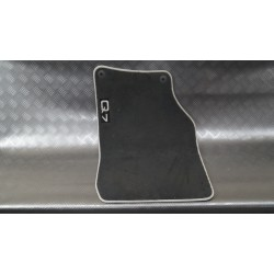 Wiper mat front right...