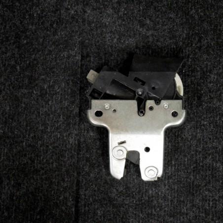 Lock bolt flap 4F5827505D...